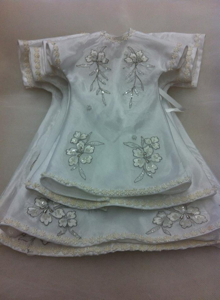 Angel Dresses come in 4  sizes:
